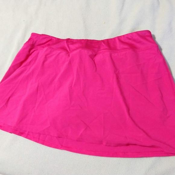 GAP Pants - GapBody pink running skort - size XL